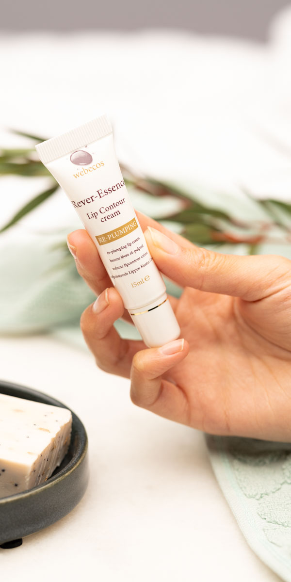 Webecos Lip Contour cream